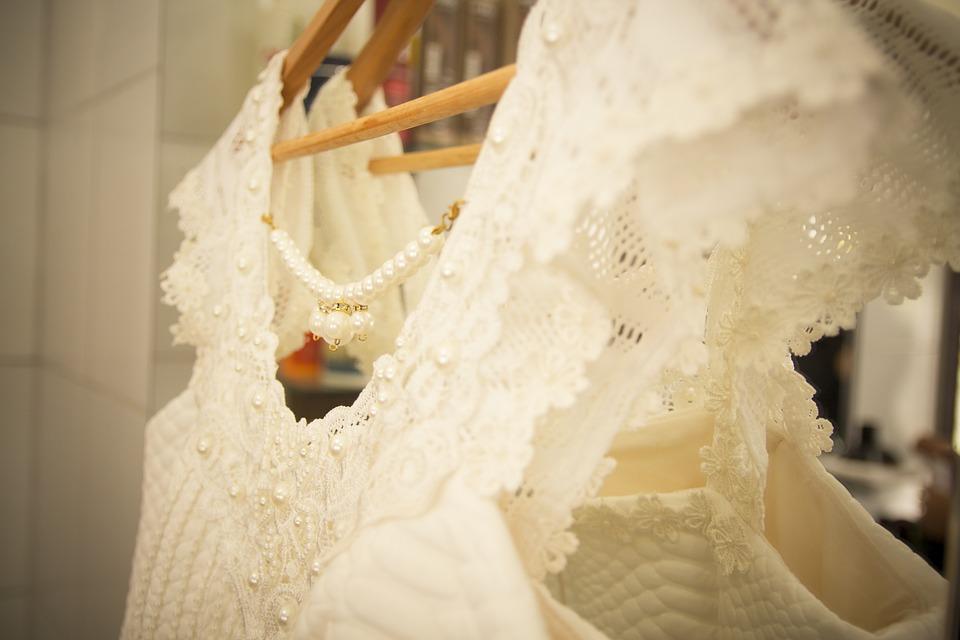 bridal-changing-room